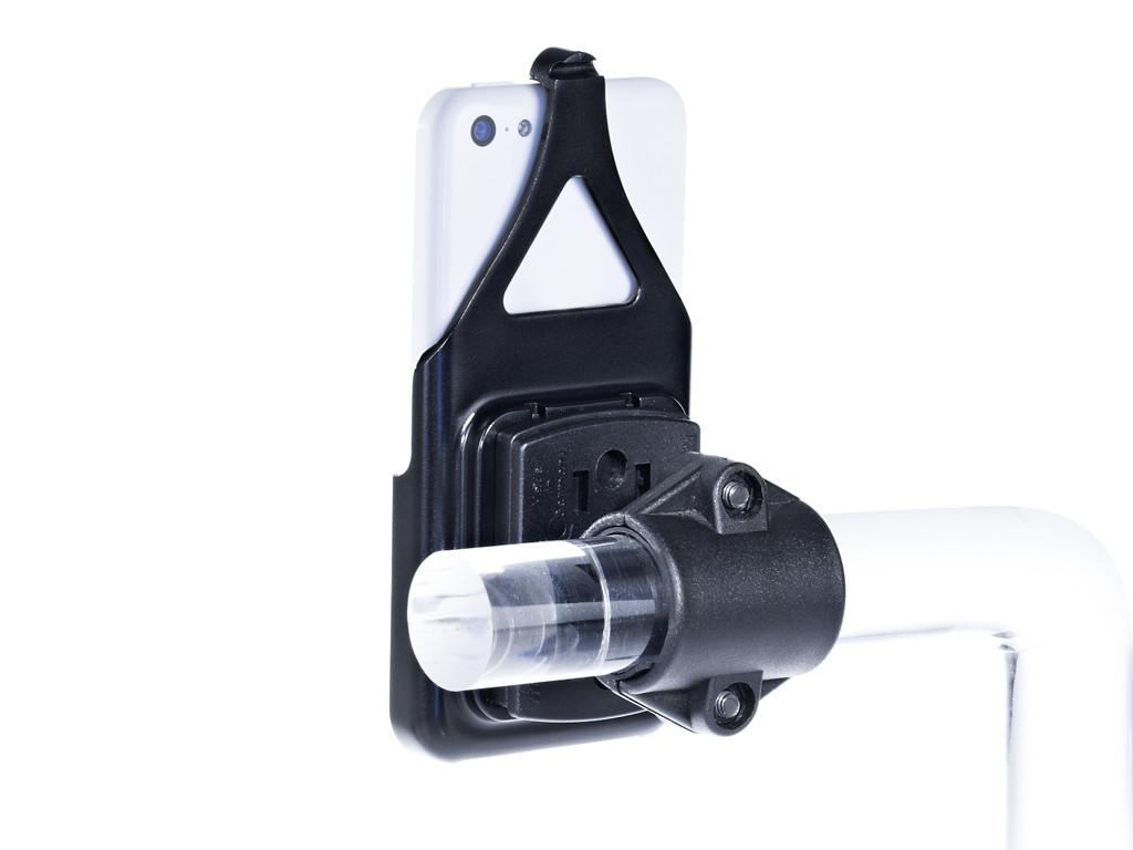 xMount@Bike - iPhone 5c Fahrradhalterung behält das iPhone im Blick und die Hände am Lenker